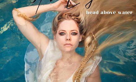 Avril esta de regreso!